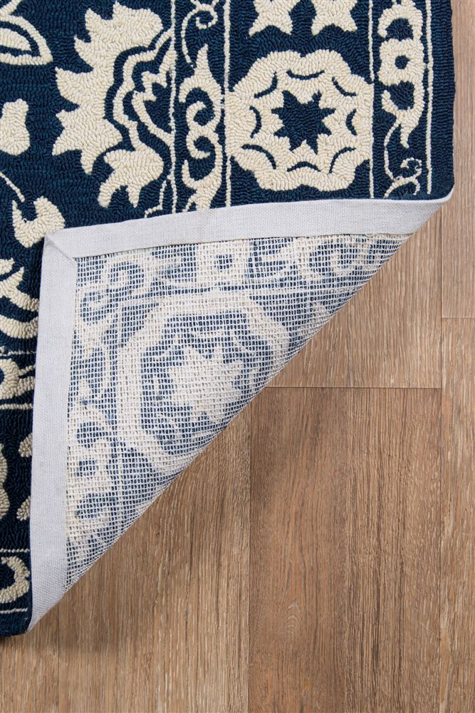 Traditional VERANVR-64 Area Rug - Veranda Collection